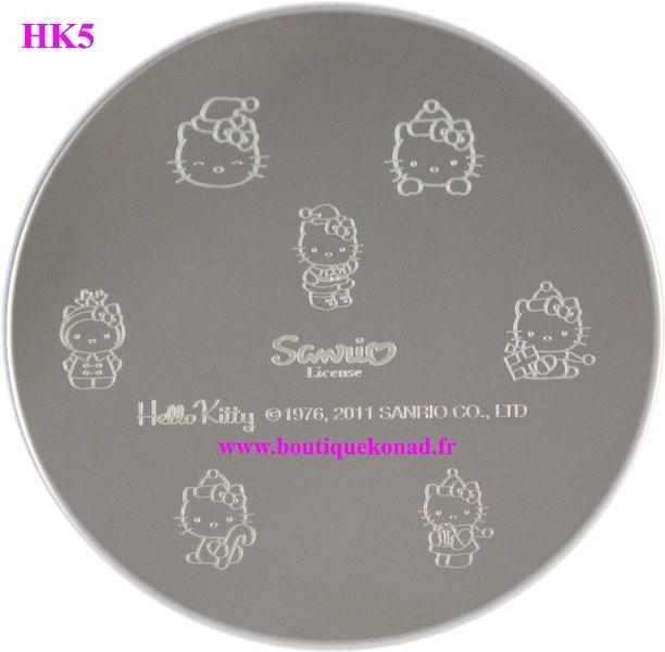 Stamping Hello Kitty Nail Art n°5 Noel